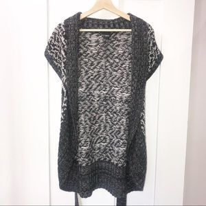 Buckle   Gray & Cream Knitted Cardigan   L